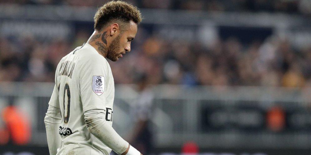 22 - Neymar Diklaim Bisa Lampaui Cristiano Ronaldo dan Lionel Messi