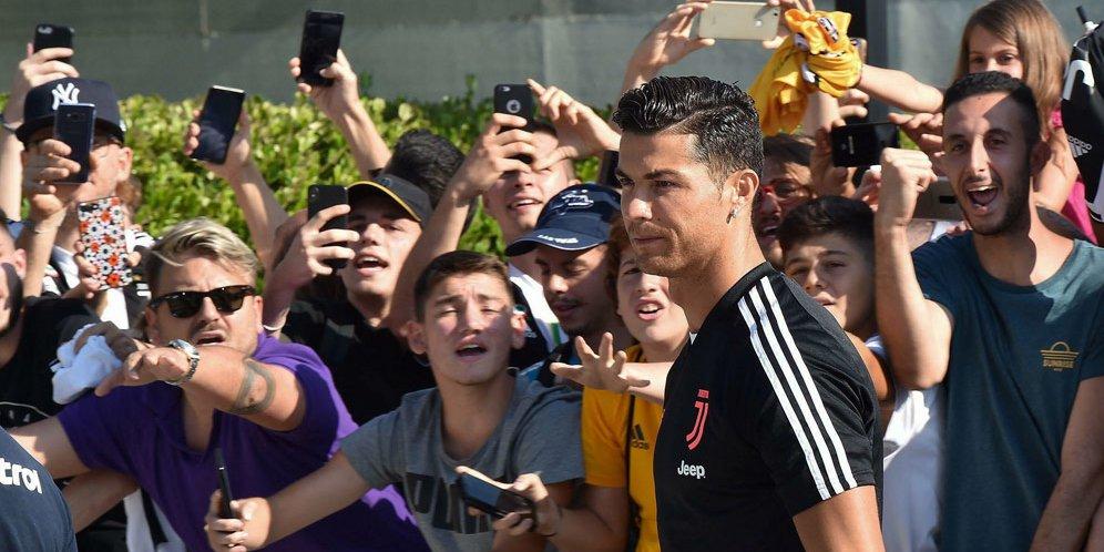 45 - Cristiano Ronaldo: Mungkin Saya Pensiun Tahun Depan