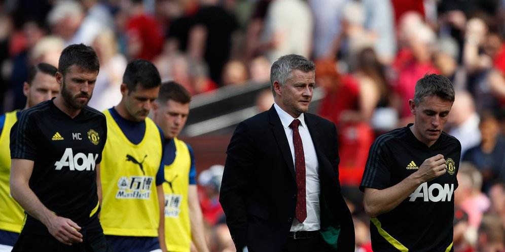 ole gunnar solskjaer c8eca83 - Manchester United Akan Menghadapi Bahaya Rumput Sintetis