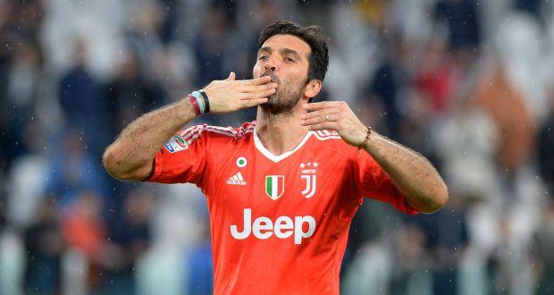 55 - Gianluigi Buffon Samai Rekor Alessandro Del Piero di Juventus