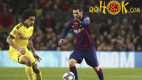 994c4225 84e0 472e 97d0 19d39dabed2d 169 - Suarez-Messi Antar Barcelona Ungguli Dortmund di Babak Pertama