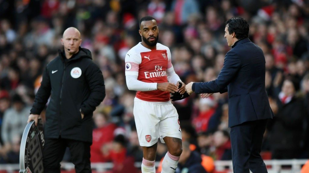 Arsenal FC v Burnley FC Premier League 1545554368 1024x576 1024x576 - Krisis Arsenal Membesar, Emery Ribut dengan Lacazette
