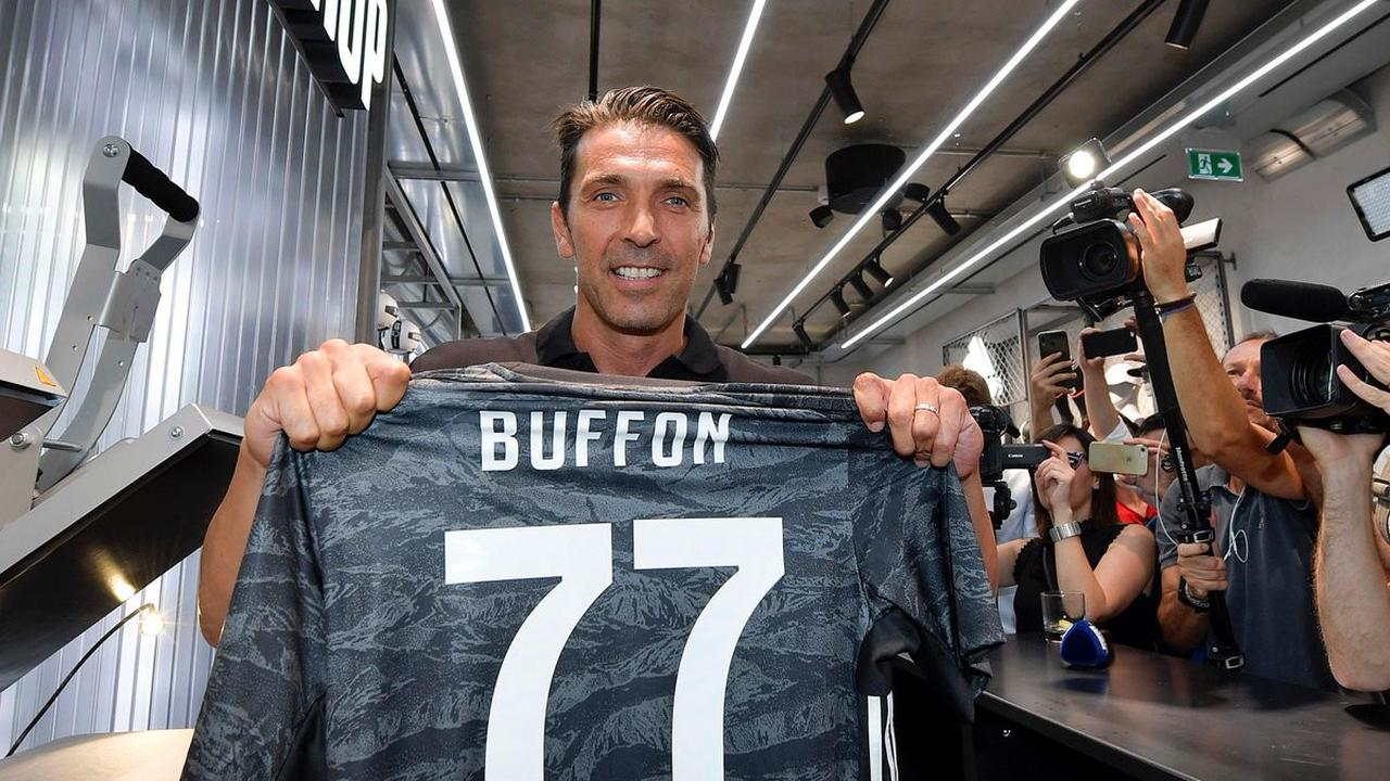 hok1 - Gianluigi Buffon Samai Rekor Alessandro Del Piero di Juventus