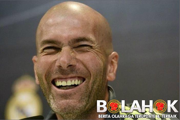 zidane - Alasan Zidane Tak Memainkan Bale dan James Rodriguez Kendati Sudah Pulih dari Cedera?