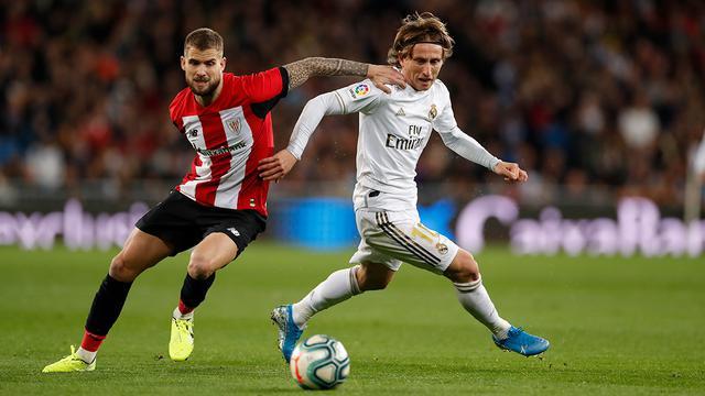 3 - Gagal Taklukkan Bilbao, Real Madrid Buang Peluang Menekan Barcelona